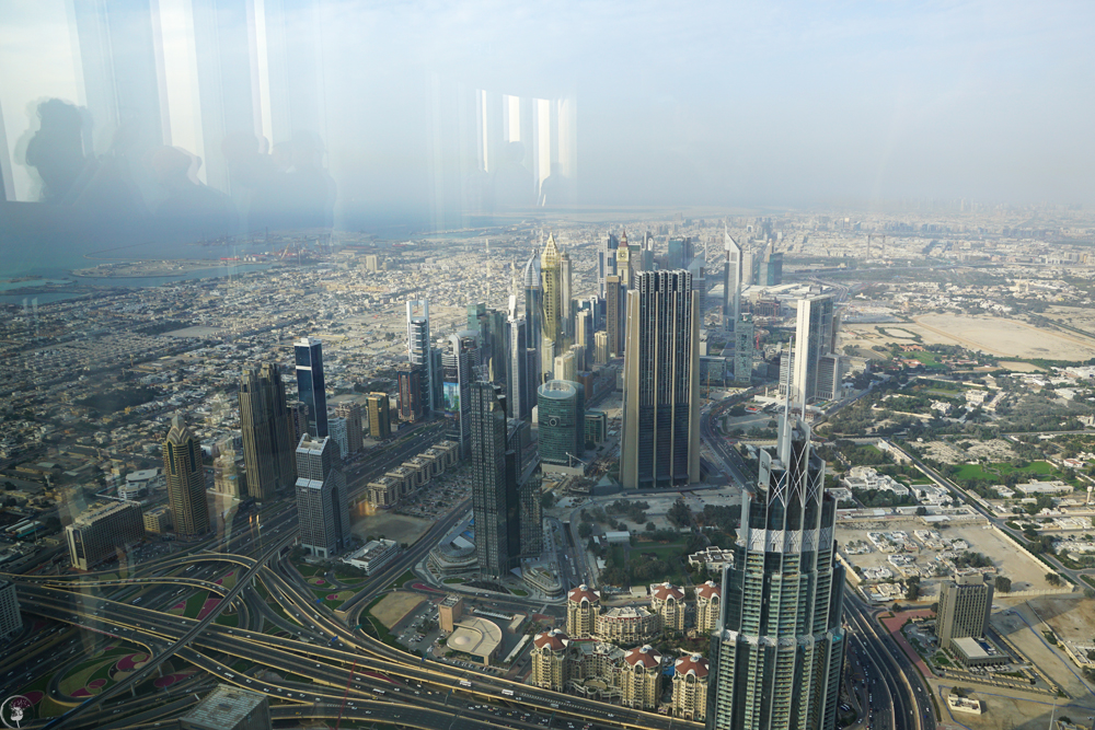 Visit burj khalifa the world 39 s tallest building lillagreen for Burj khalifa swimming pool 76th floor