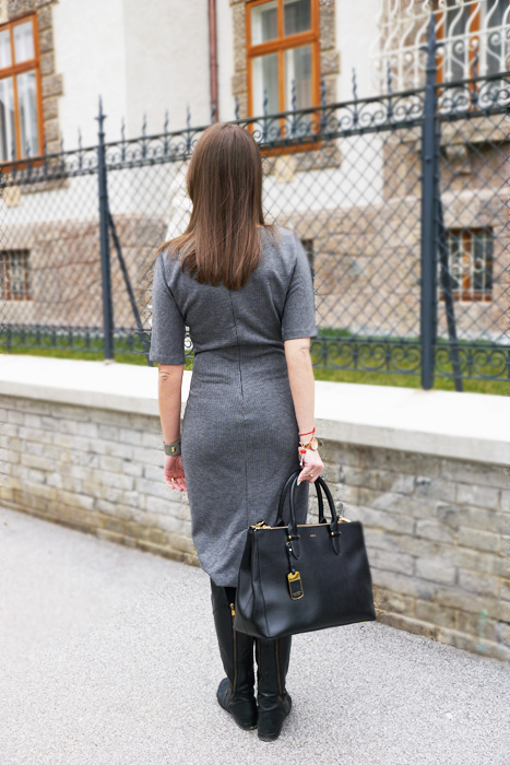 Classic Chic Office Outfit