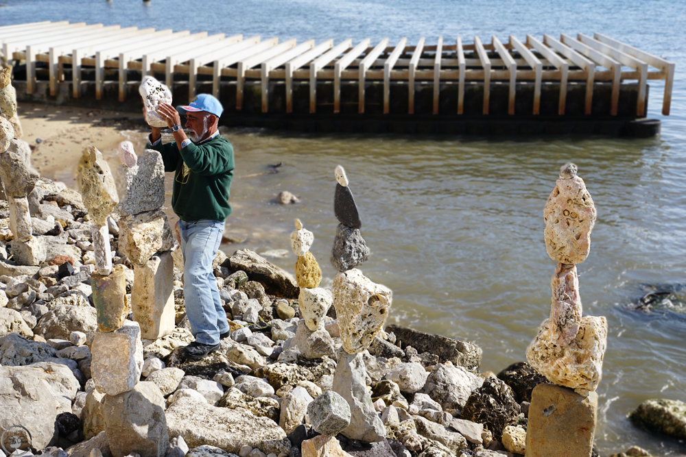 "Some great Street-Stone Art @Boardwalk ""Al Ribeira da Naus"""