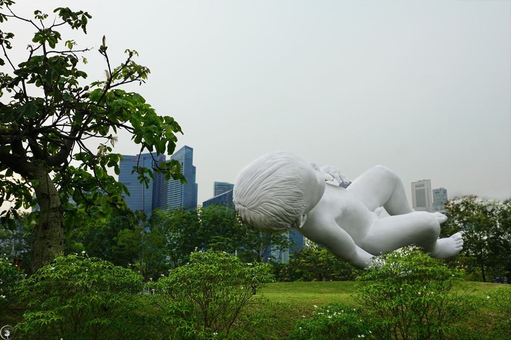 Marc Quinn's sculpture, Giant Baby